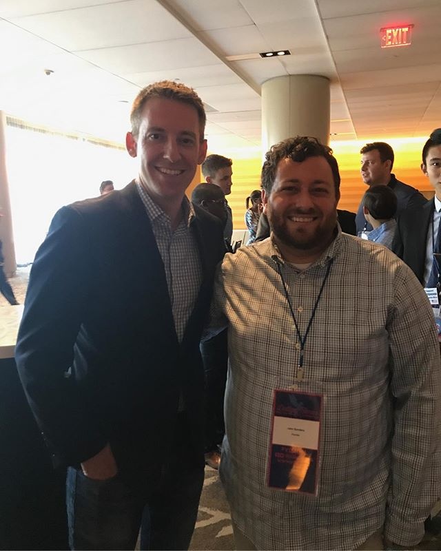 Our President, Jake Sanders, meeting with Jason Kander at Day 3 of YDA! #ydadal #fydatyda #democrats #voteblue #yda #dallas #flyoungdems