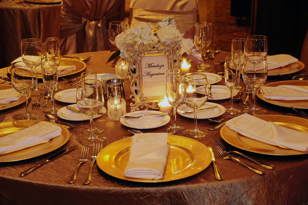 Golden wedding Tablescape by Modern Bloom. Photo by  Artist Group Photography