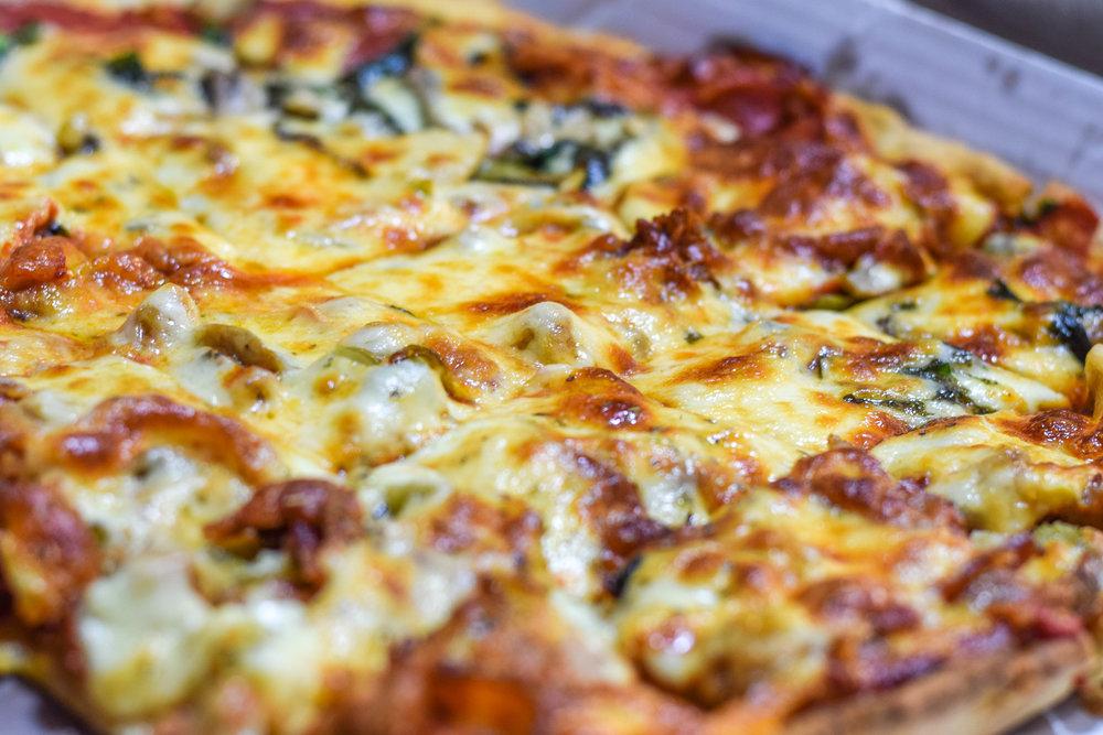StefDonePizza4.jpg