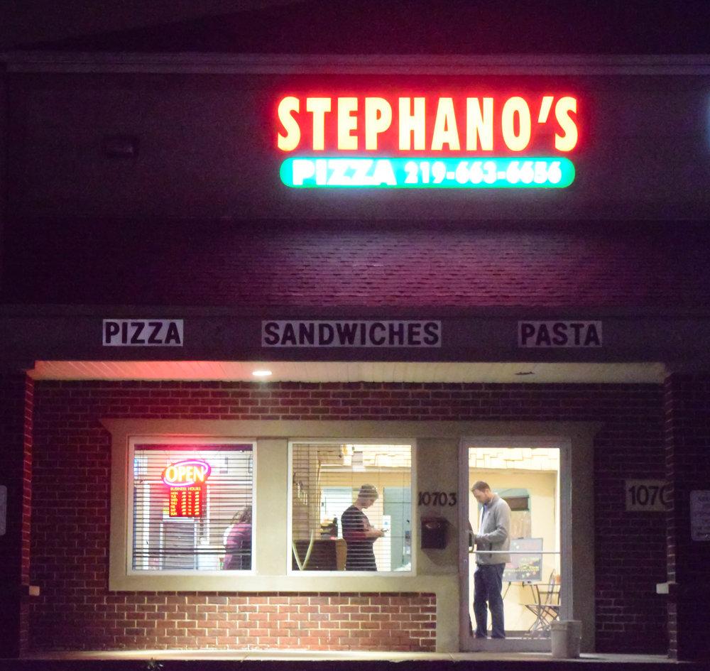 StefPizzaShopOutside.jpg
