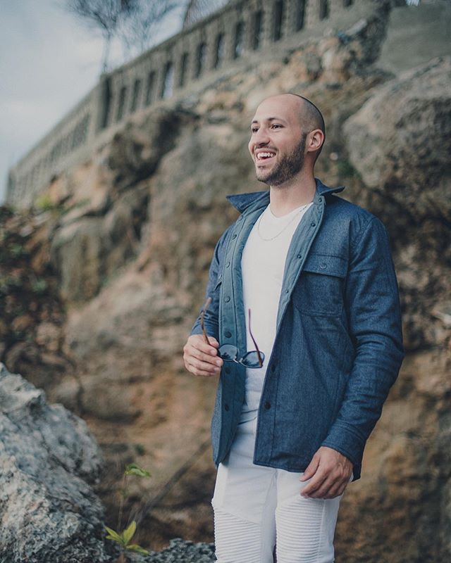 'Lan Lakou Sa' will be the 7th song on the album featuring @jperryofficial #rasanbleman 📸 @hrmarsanphoto  Shirt by @fahertybrand  Studio - @artistsinstitutehaiti