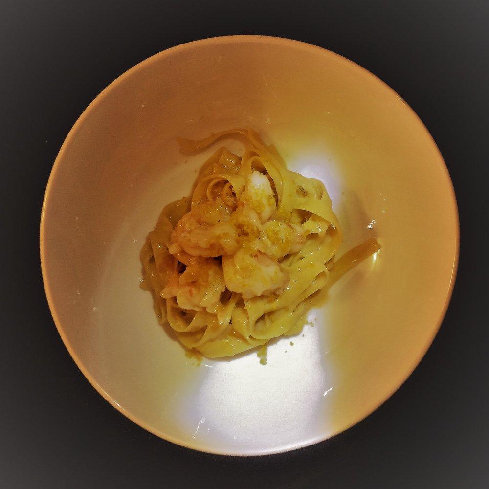 Fettucine-shrimp-beurre-blanc-bottarga.jpg