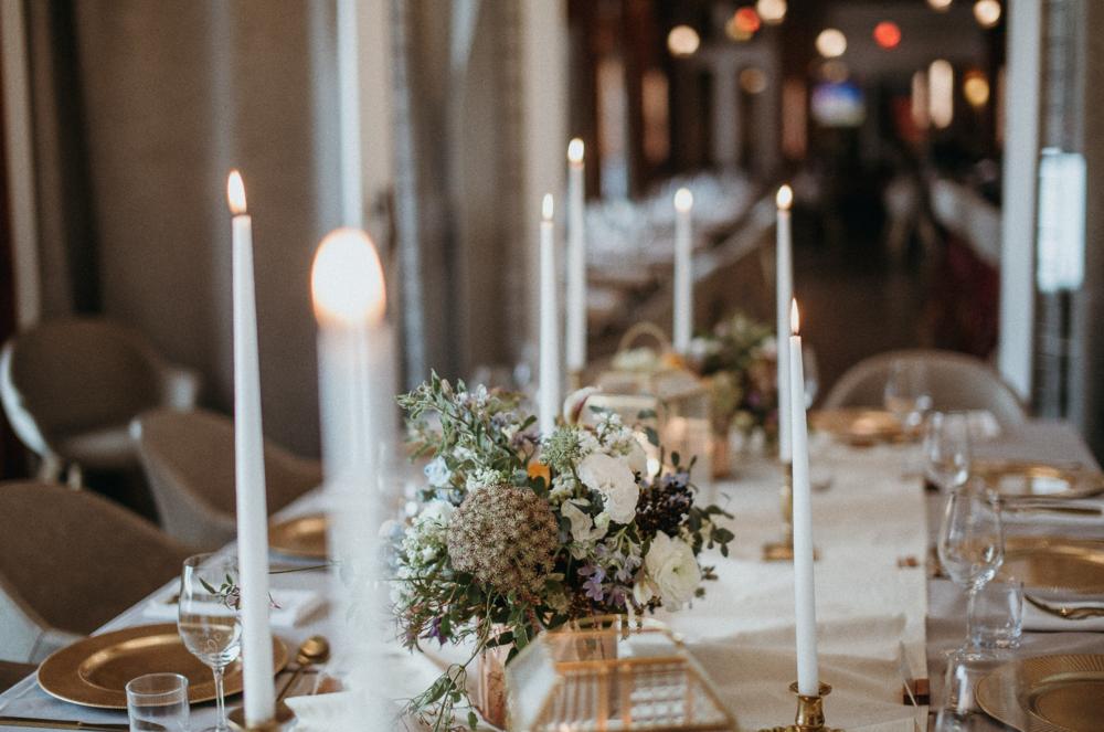 Wedding Table Setting.png