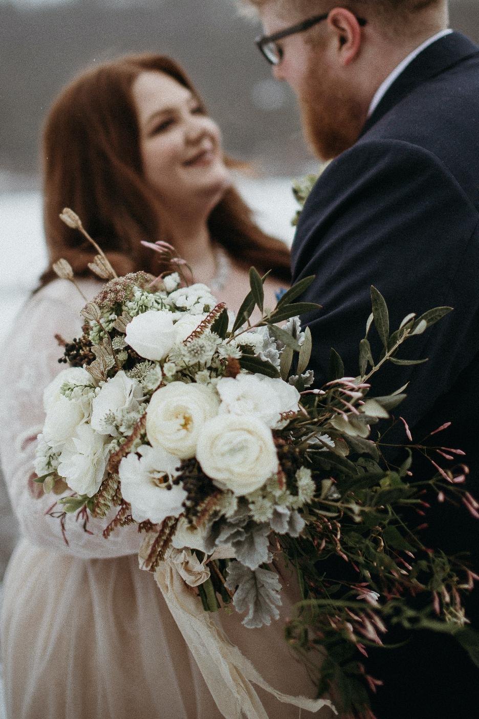 Modern Wedding Bouquet.png