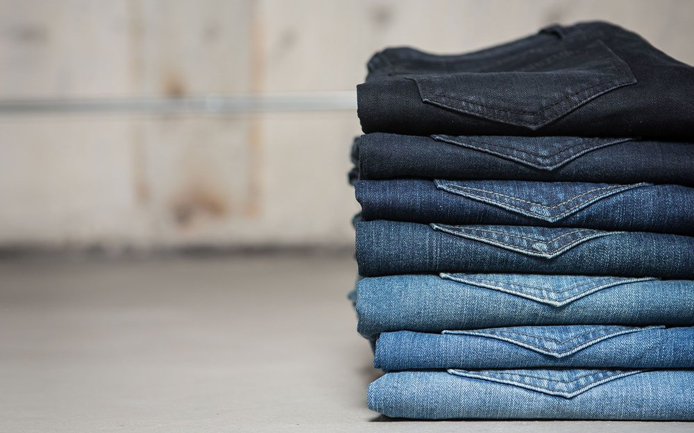 washed-jeans-stack-ba914286bd29f71f44a879705faefd3e.jpg