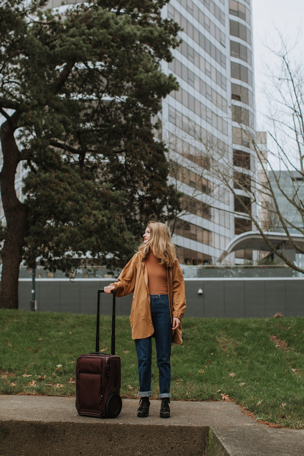 leah flores commercial photography travel gro luggage