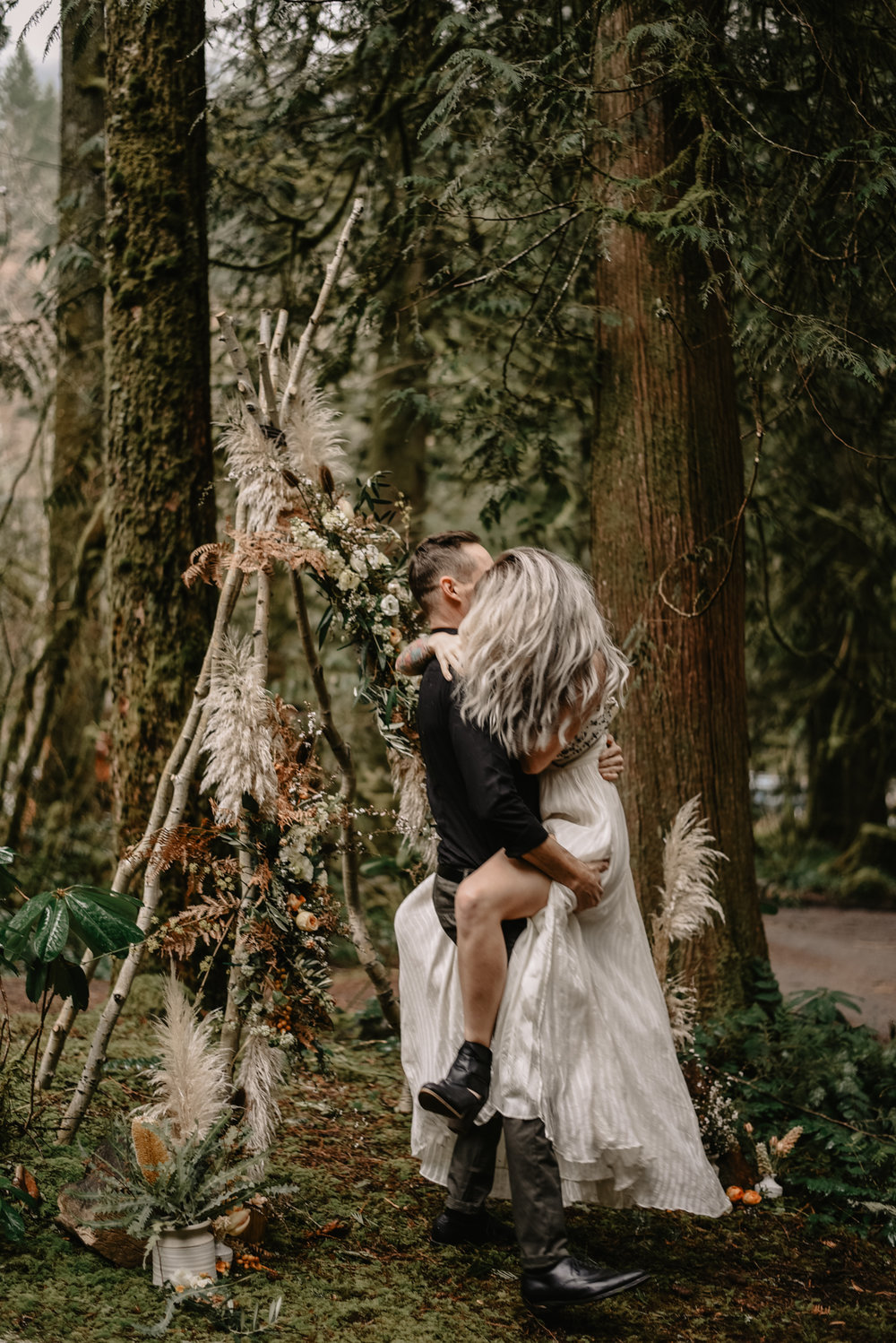 Mt Hood Elopement (13 of 89).jpg