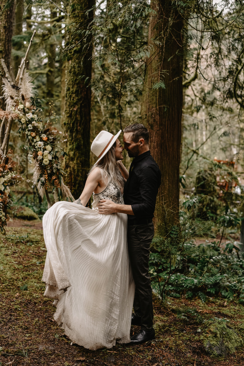 Mt Hood Elopement (62 of 89).jpg