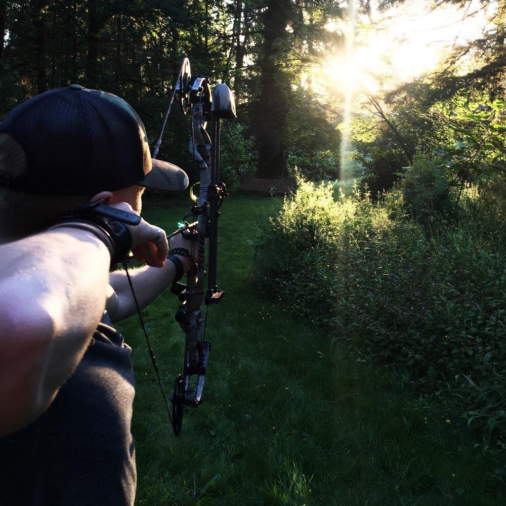 Jarid shooting his Hoyt Carbon Defiant, 2017