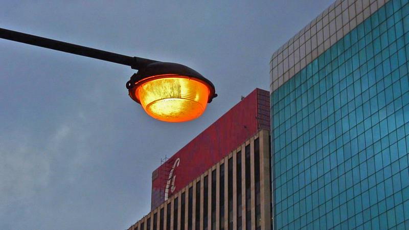 Coke light (left) b s.jpg