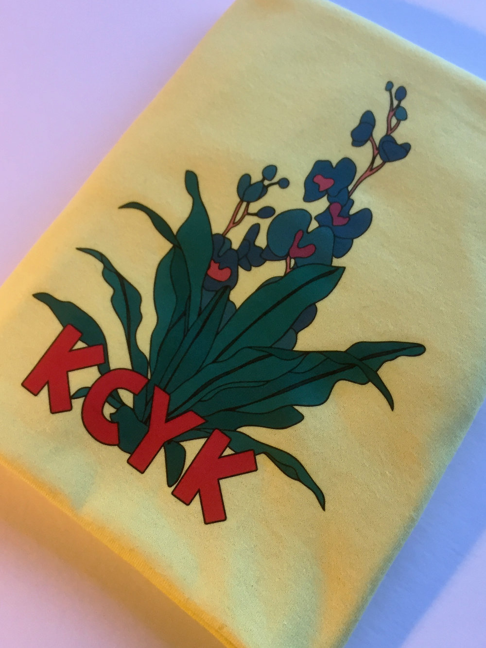 KCYK CLOTHING FLOWER TEE