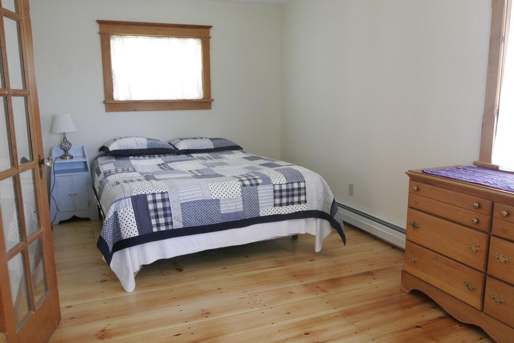 Pond House-Downstairs Bedroom.JPG