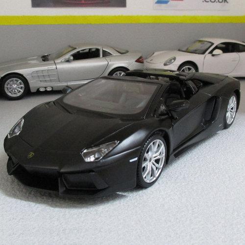 Lamborghini Black Aventador Roadster Lp700 4 Diecast Model Car 1 24