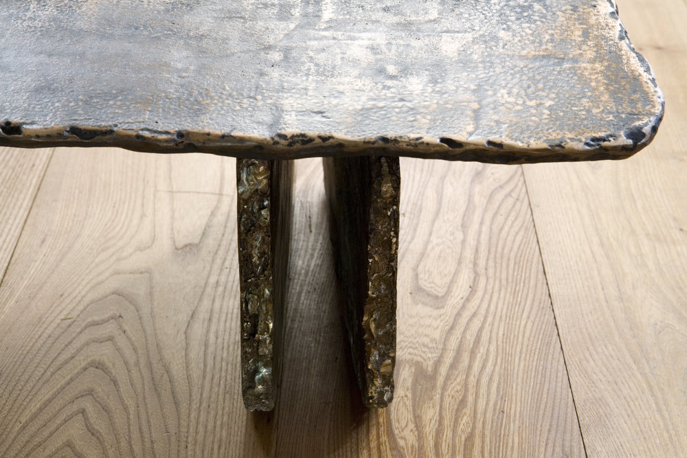 Leg detail