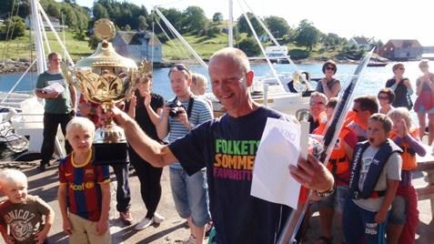 [44]_Fiskekonkurranse-Askrova-30-07-2011-(156)-jah-VINNER-STRSTE-FISK.jpg