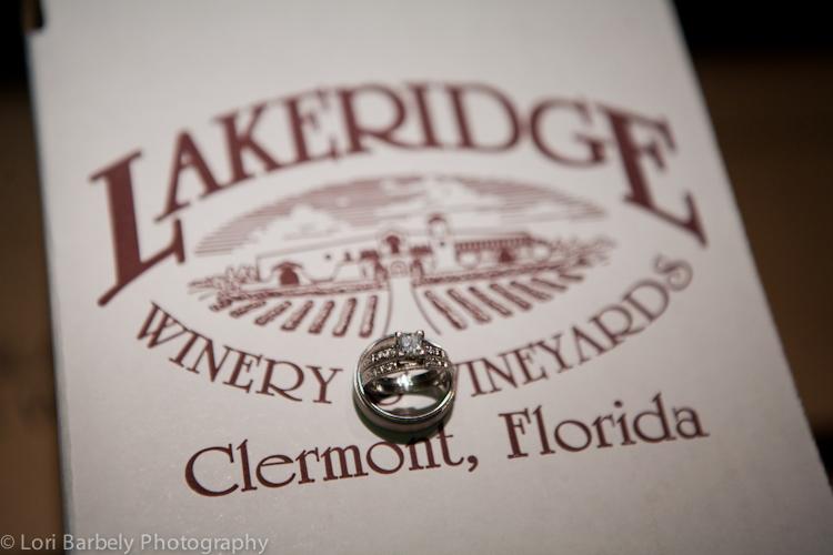 lakeridge-winery-wedding-19