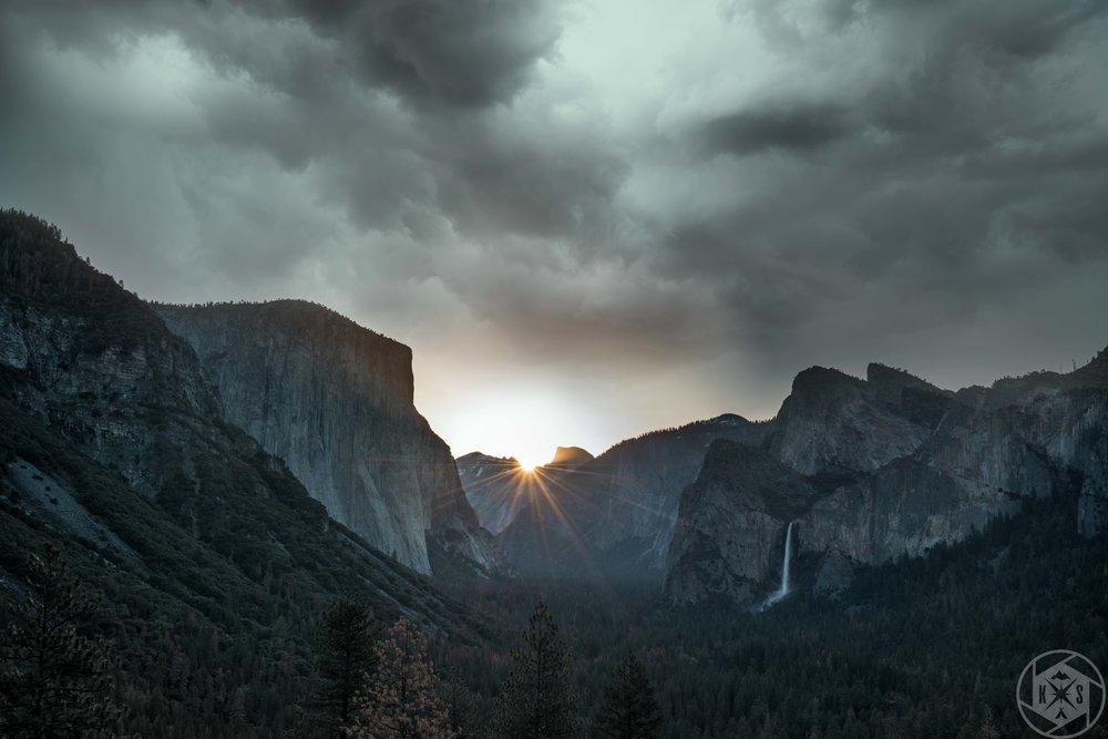 Tunnel View: Yosemite