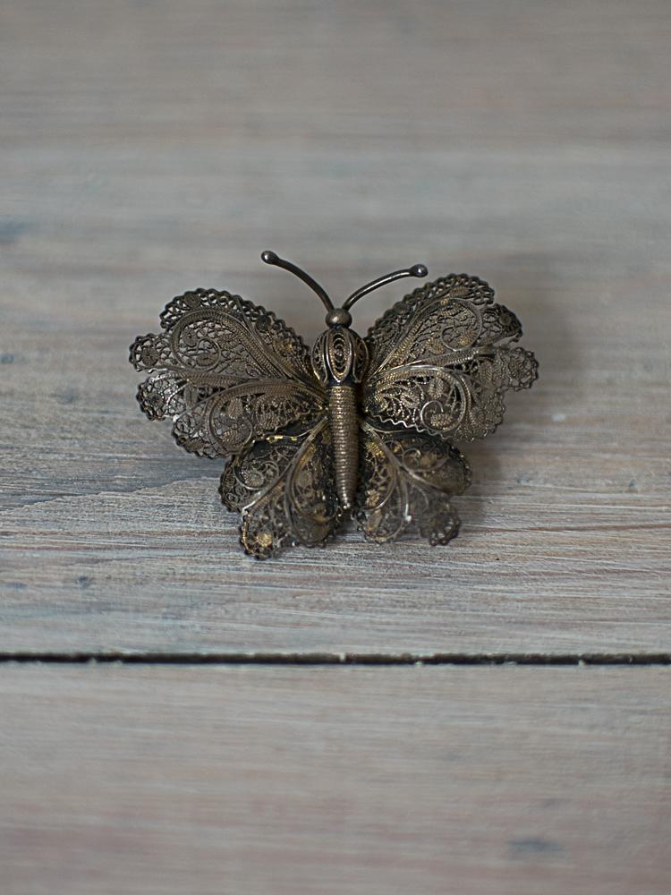 Philomena brooch