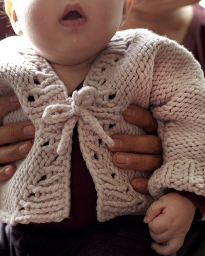 Cockleshell Cardigan by Amy Christoffers