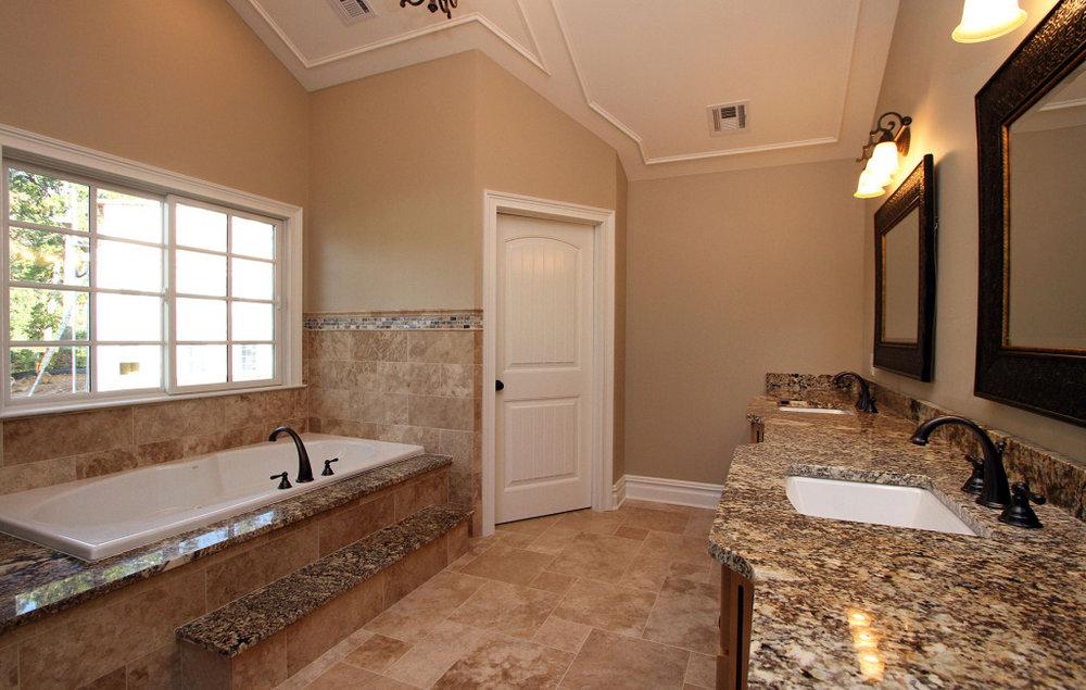 master-bath-1024x650.jpg
