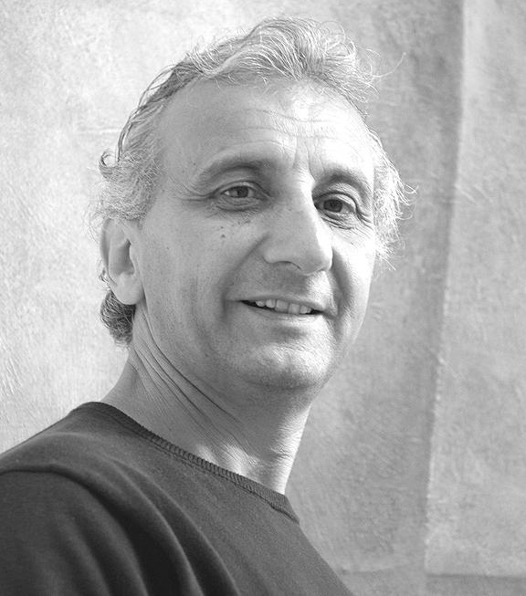 Franck Blady - ist in Paris geboren, studierte an der Hochschule ESAG Penninghen, an der zuvor auch berühmte Künstler wie Fernand Léger, Henri Matisse und Jean Dubuffet lernten. Heute lebt und arbeitet er in seinem Atelier in der Eckernförder Bucht und unterrichtet Kunst an der Internatsstiftung Louisenlund. Seit 1997 hat Blady seine Arbeiten in zahlreichen Einzel- und Gruppenausstellungen im In- und Ausland präsentiert.