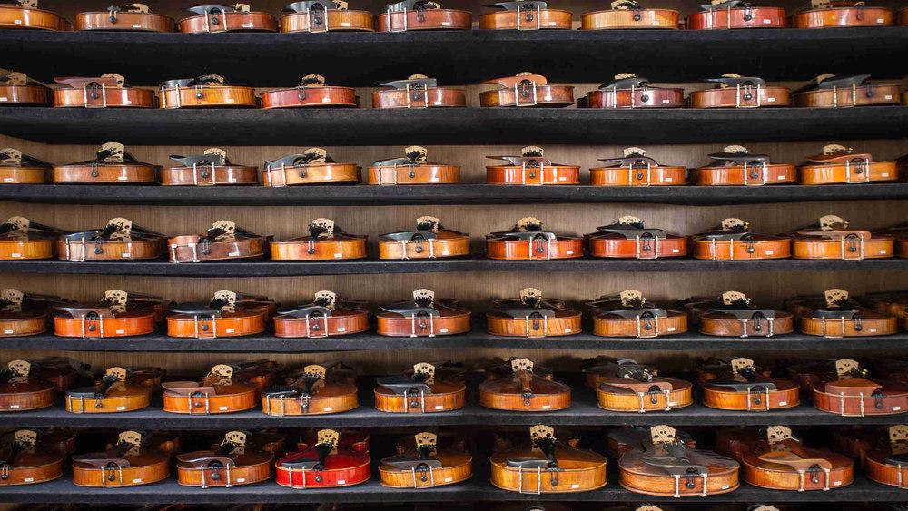 violin_13_shelves_7.jpg