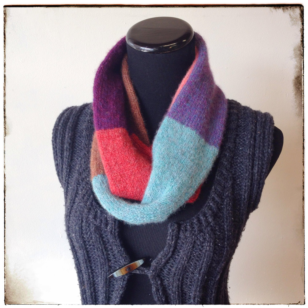 Brooke's Squishy Cowl - Double loop tubular knit