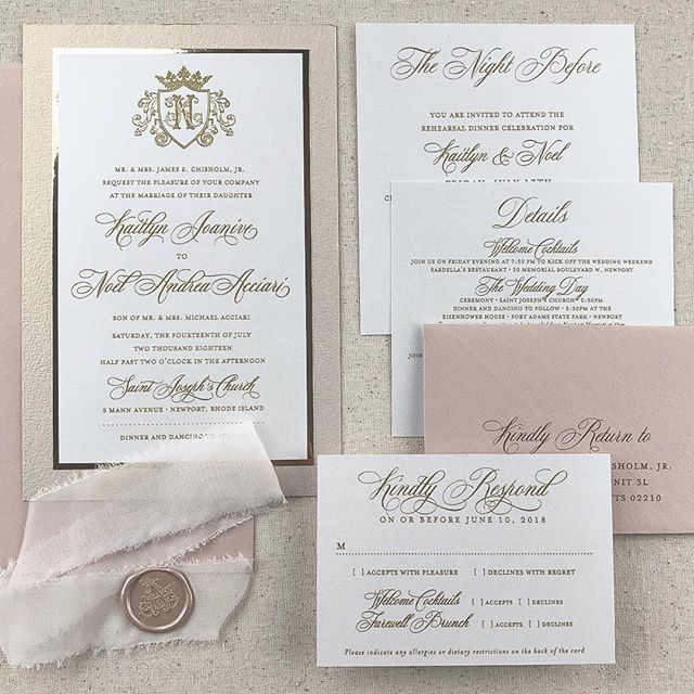 Perfect blush tones and gold. I was all about it last year and this year's couples seem to still be loving it!! I can't wait to share more of Kaitlyn and Noel's big day (including the cutest watercolor sketch they used for their welcome bags.