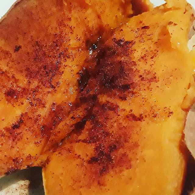 Dessert! Baked sweet potato with cinnamon,  honey and olive oil. #nom
