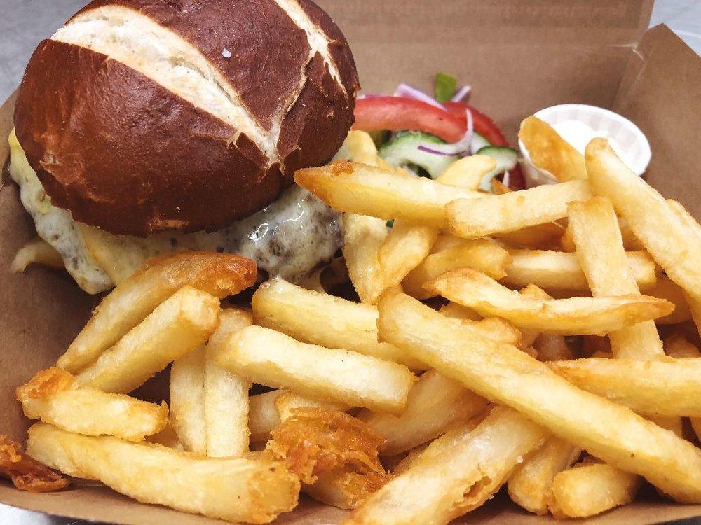 ta burger 1.jpg