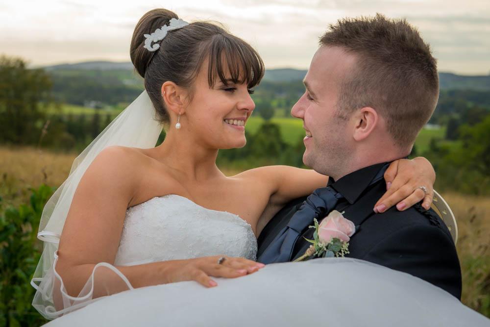 Loch-Lomond-Wedding-Photography-Drymen-Buchanan-Arms-Hotel-Viewpoint.jpg
