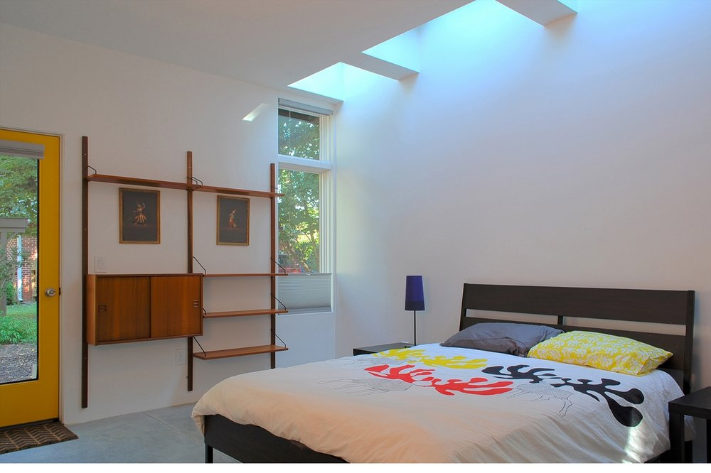 01-CUBE-Carrboro-bedroom.jpg