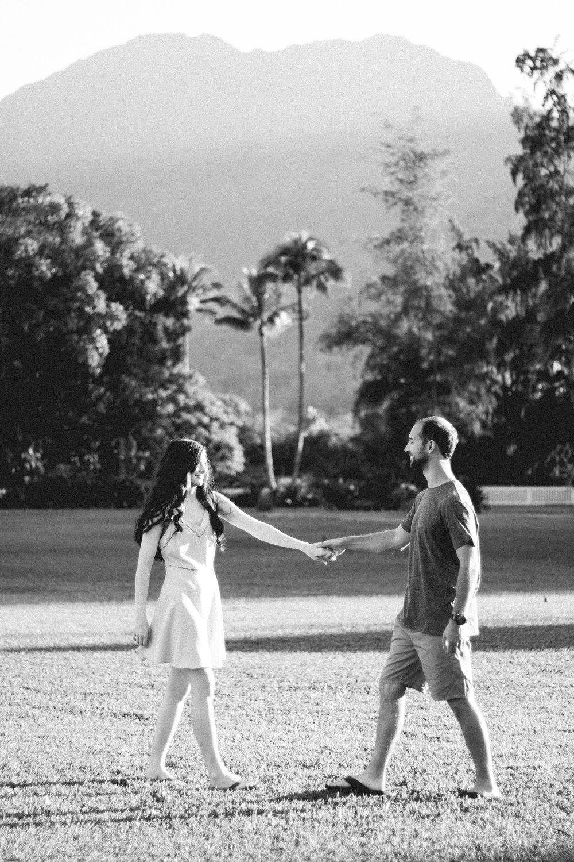 how-to-plan-a-destination-wedding-in-hawaii.jpg