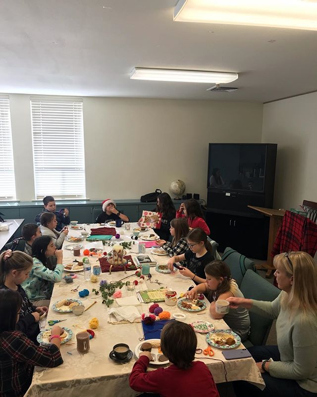 We had a wonderful Christmas poetry tea time at Enrichment Day. So grateful for the amazing families in our homeschool program! ❤️