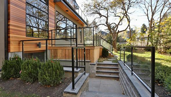72 Belvedere Blvd EXT 2.jpg