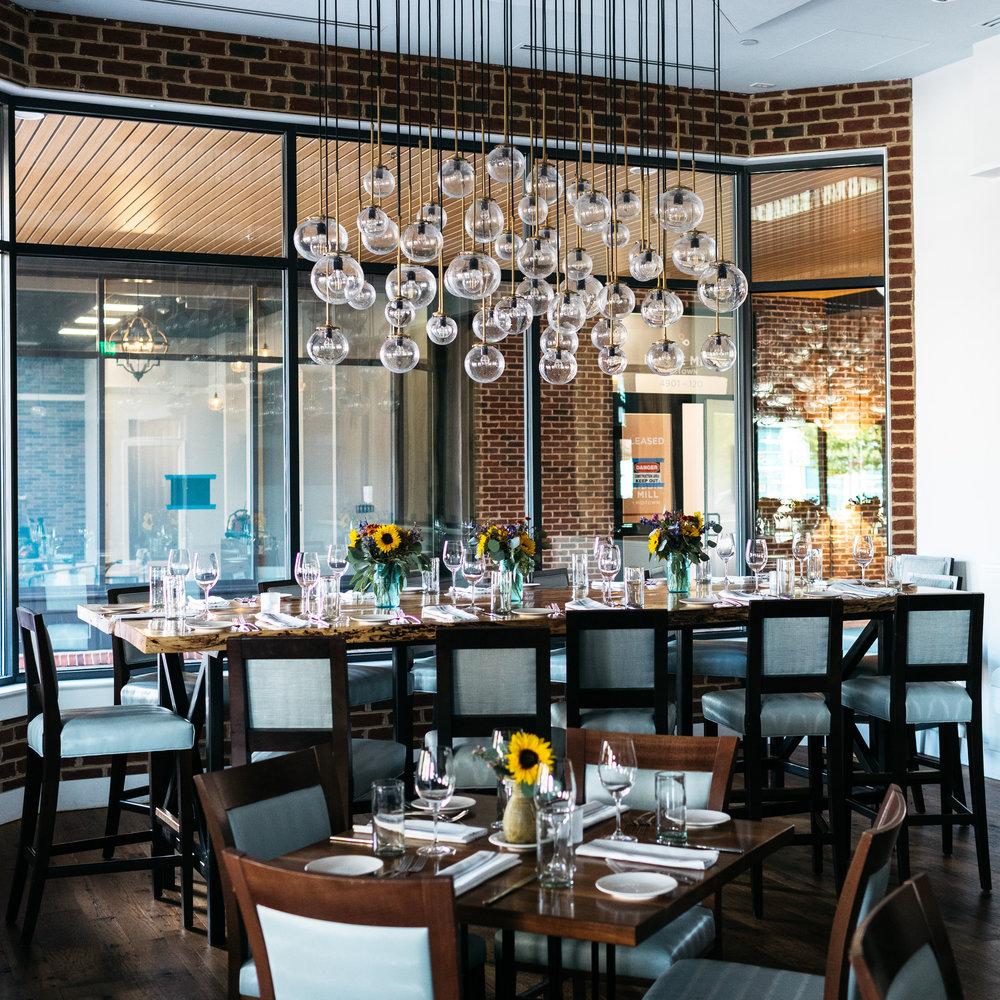 Shagbark Table (10–14 guests)