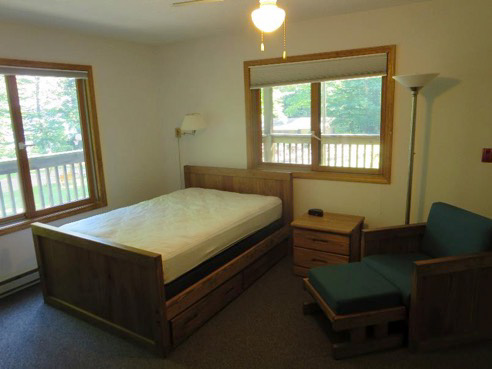 Interior Oak Lodge beds