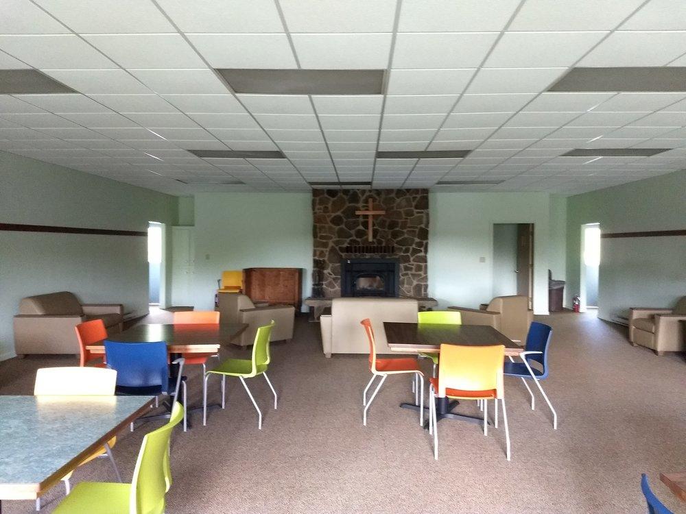 Upper Memorial Lodge Sitting Area