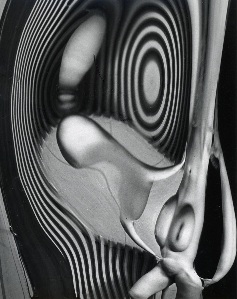 Andre Kertesz, Distortion #92, 1933, Gelatin silver print, 10h x 8w in.