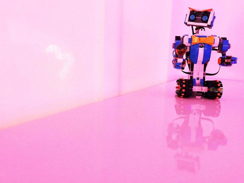 04_Robot-1-1030x773.jpg