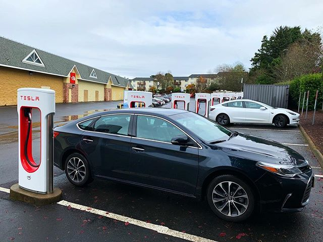 From @odoenergy —  On the second day of Christmas my true love gave me to me: 🔌Two Teslas charging and a rainy day in Lincoln City.  #tesla #electricvehicle #goelectricor #oregonenergy #zeroemissions #electriccar #carcharger #teslacharging #lincolncity