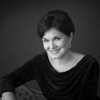 Dr. Nancy Menk - Choir