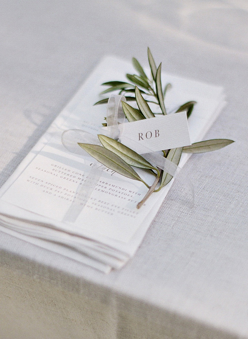 Aravella Event Design | Tree Elle Retreat Wedding | Photo by Jemma Keech Photography | Place Setting