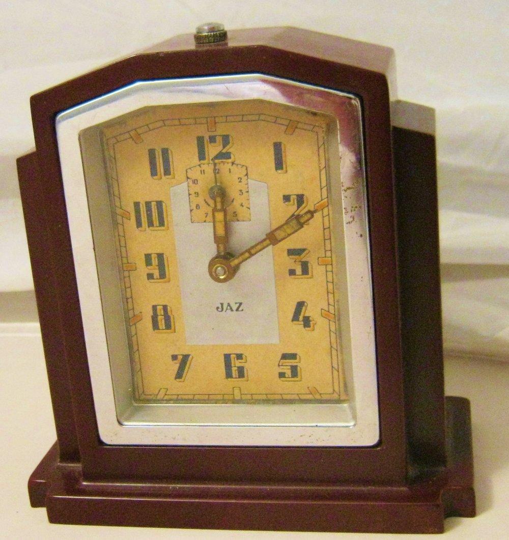Vintage Clocks retro style00008.jpg