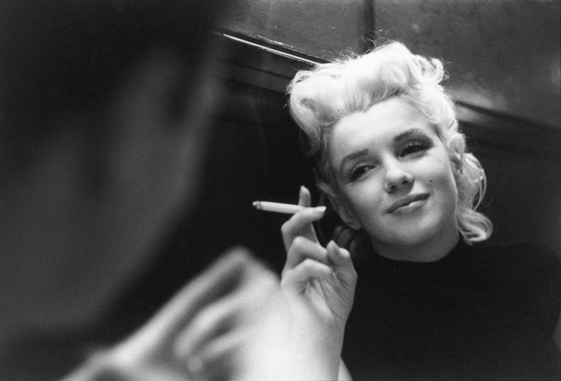 Monroe_Marilyn_122a_C_c_MOA_(NYC_March_1955).jpgVintage cookbooks Marilyn Monroe vintage photos