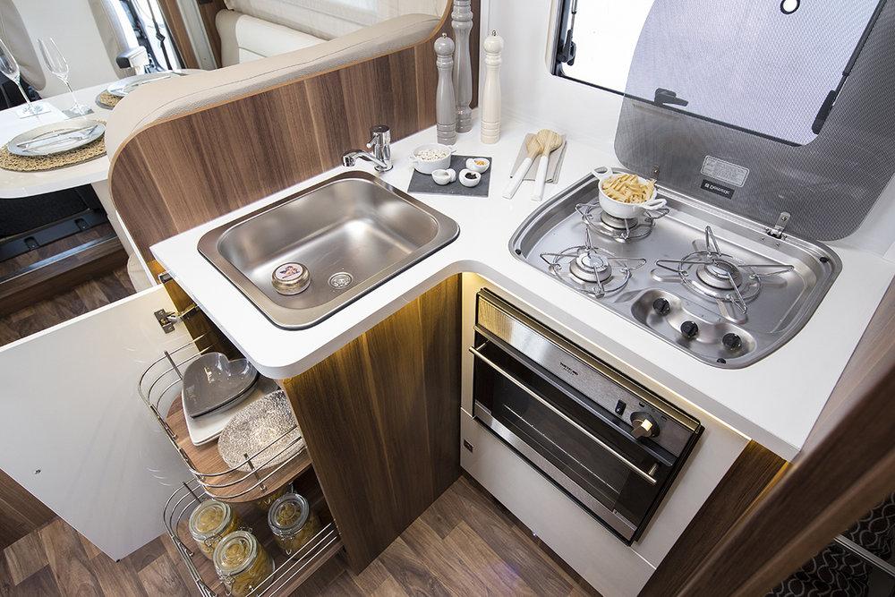 tline_590_kitchen_605.jpg