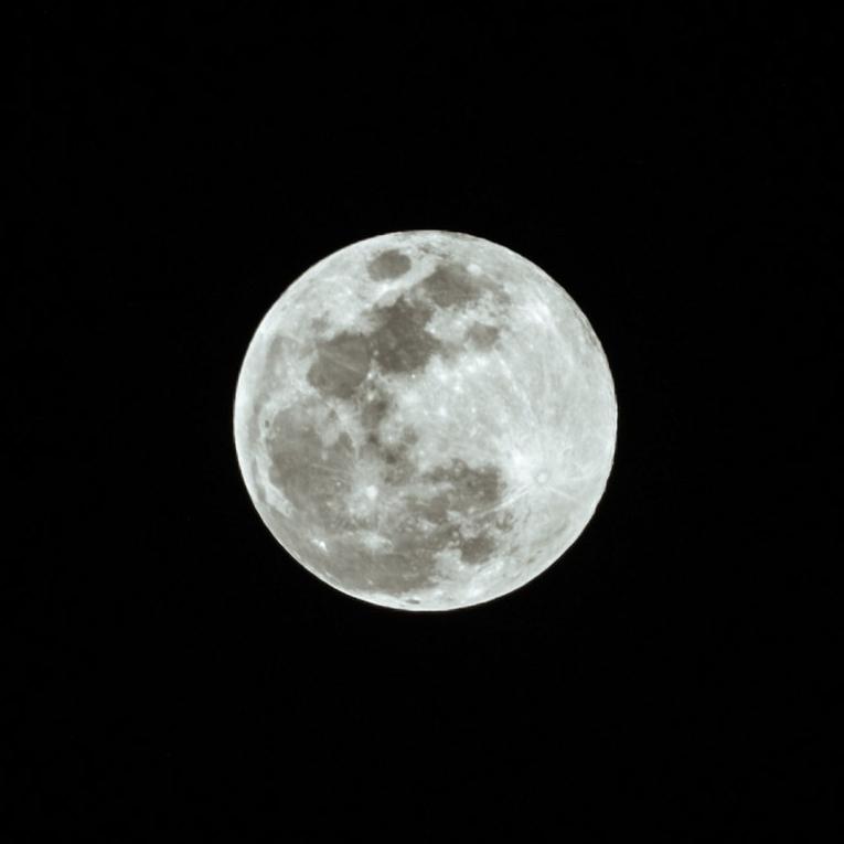 960 Full Moons -