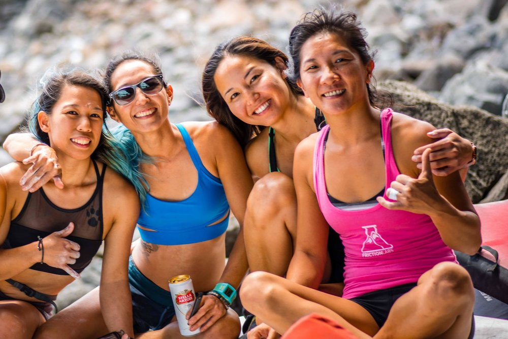Wai Yi Ng (far right) hanging out with her friends  Angie Macabeo ,  Camy Mizukami  and  Trisha Ogata  in Hawaii.  Photo courtesy of    Sean Amore