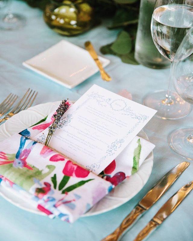 Individualized place card menus inspired by @_mamannyc_ for a beautiful bride's #virginiawedding! 📷: @graykammera • • • • • #colorfulwedding #frenchtextile #handmade #calligraphy #weddingstationery #weddingmenu #greenweddingshoes #southernwedding #menu #tablescape #CoitHardlyWait #woodlawnpopeleighey #alexandriava @woodlawnandpopeleighey