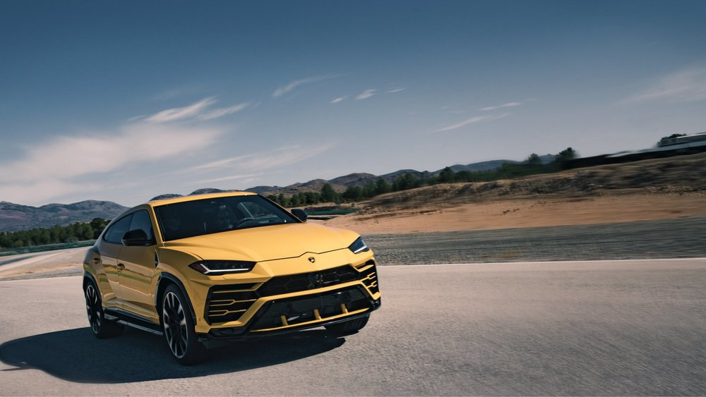 Lamborghini Urus - Is it the fastest SUV?